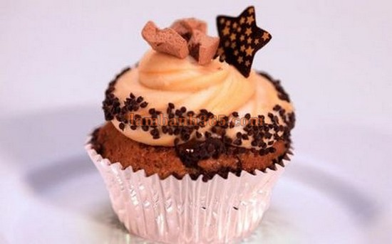cach-lam-cupcake-chuoi-toffees-1
