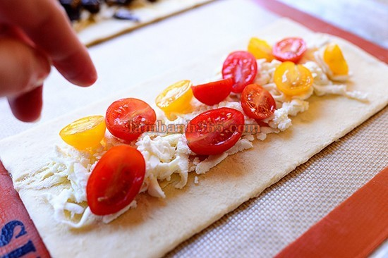 puffed-pastry-chiec-pizza-hinh-chu-nhat-13