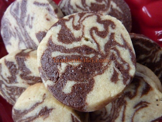 anh-dai-dien-cach-lam-banh-cookie-chocolate-van-thuy-ngo-nghinh
