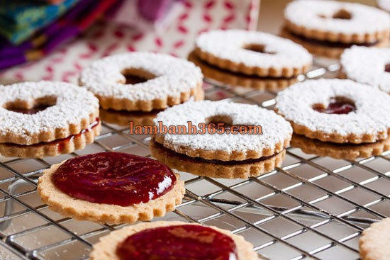 cach-lam-cookie-linzer-don-gian-7