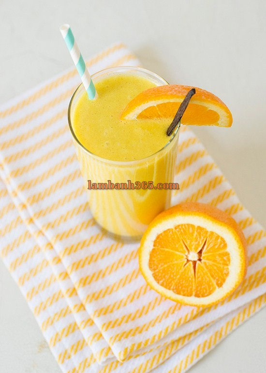 cach lam smoothie cam don gian ma tuyet ngon 7 (Copy)