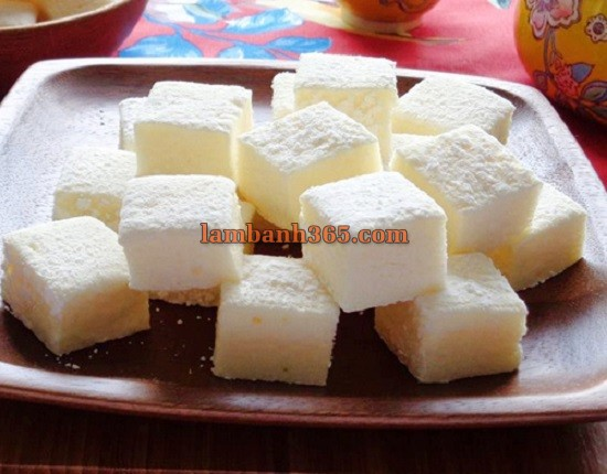 cach-lam-keo-deo-marshmallows-don-gian-nhat-12